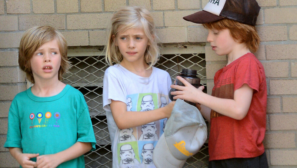 SJARMTROLL: Barna (f.v) Henry Daniel, Hazel Patricia og Phinnaeus «Finn» Walter begynner å bli store - og ligner stadig mer på mamma Julia Roberts og pappa Daniel Moder.    Foto: FameFlynet