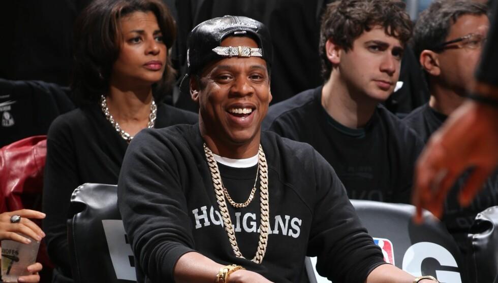 KLAR FOR KAMP: Jay-Z er en svoren tilhenger av basketball, og skal få med seg den femte delfinalen i NBA-oppgjøret mellom Miami Heat og San Antonio Spurs som avholdes i Texas. Det oppfordrer han også deg til å gjøre. Foto: All Over Press