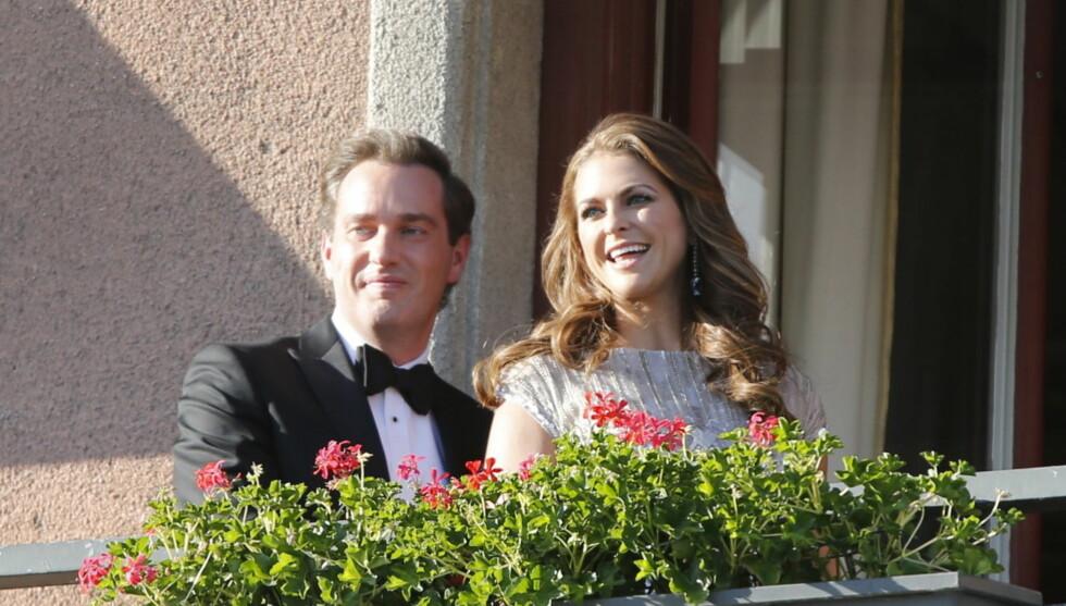 NYTER HVERANDRE: Prinsesse Madeleine og Chris O'Neill tilbringer hvetebrødsdagene på Seychellene. Foto: NTB scanpix