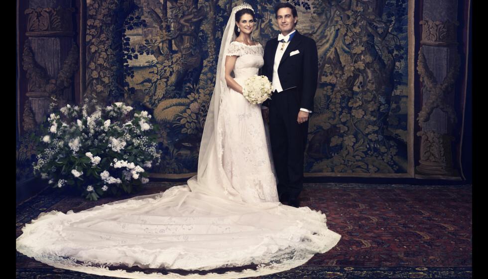 BRYLLUPSBILDET: Prinsesse Madeleine og Chris O'Neill posterte for Ewa-Marie Rundquist. Foto: Ewa-Marie Rundquist/Kungahuset.se