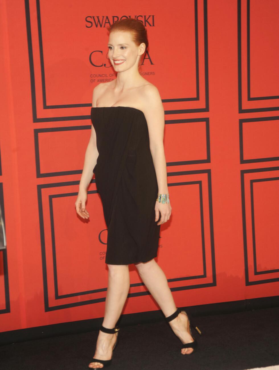 I SORT: Skuespillerstjernen Jessica Chastain. Foto: All Over Press