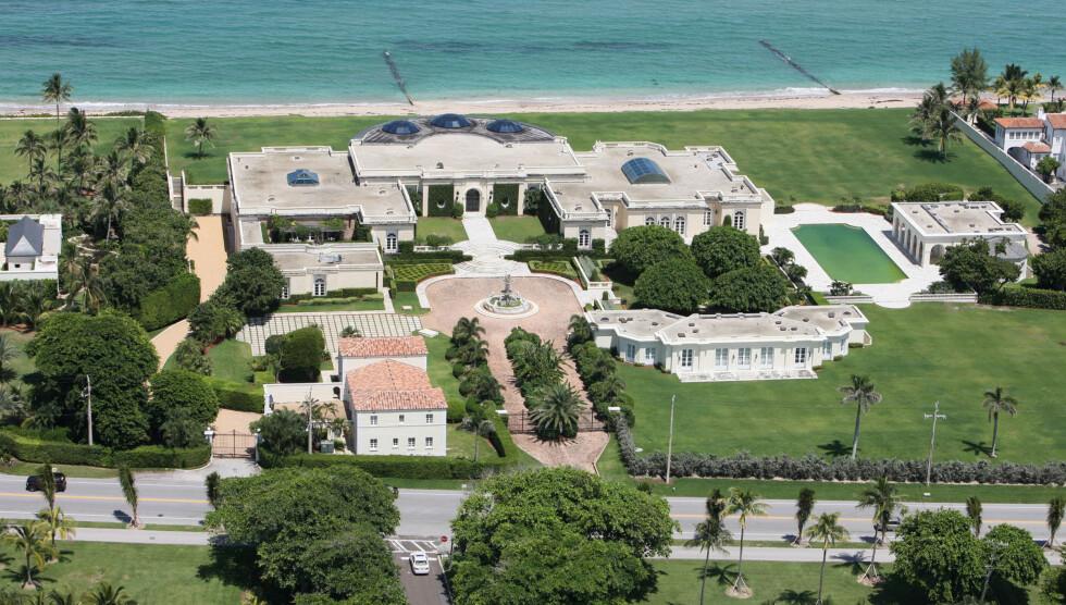 RIVES: Russiske Dmitri Rybolovlev er den nye eieren av mansionet i Palm Beach, men har bestemt seg for å rive huset på grunn av mugg.  Foto: All Over Press