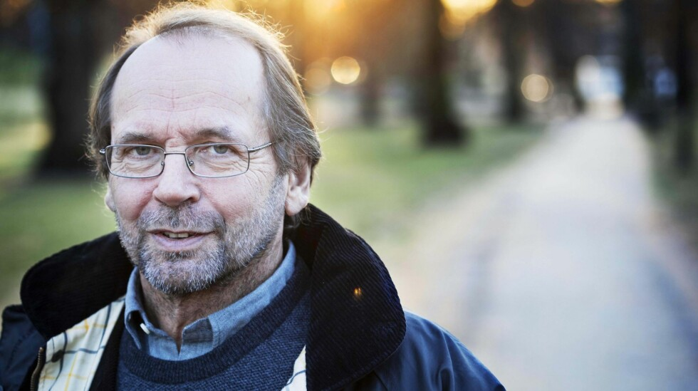 GIR SEG: Ole Paus ser frem til å få mer tid sammen med døtrene på ti og elleve år nå som han har gitt ut sin siste plate. Foto: Henning Jensen/Se og Hør
