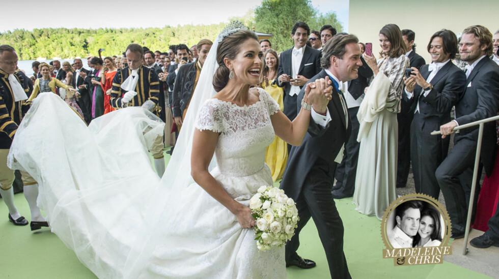 KLARE FOR FEST: Nygifte prinsesse Madeleine og Chris O'Neill ankom gledesstrålende Drottningholm slott lørdag kveld etter båtturen fra Riddarholmen. Der ble de møtt av mange feststemte bryllupsgjester.  Foto: NTB scanpix