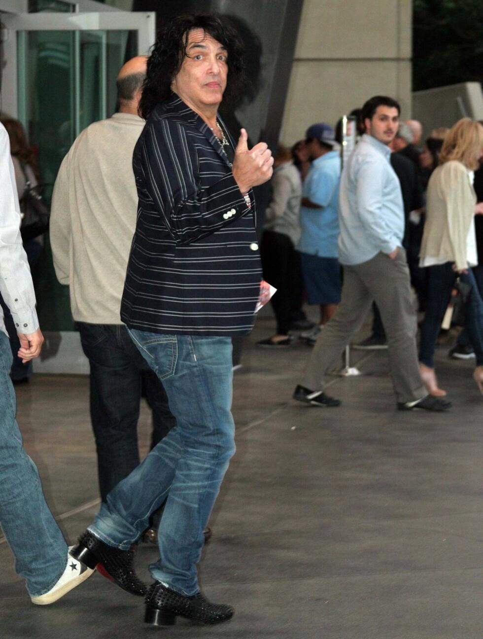 LA SMINKEN IGJEN HJEMME: Kiss-gitarist Paul Stanley kom som seg selv på Rolling Stones-konsert. Foto: All Over Press