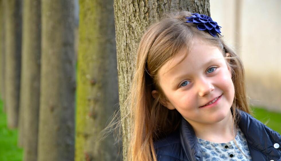 SKOLEJENTE: Søndag 21.april fylte Danmarks prinsesse Isabella 6 år - og er dermed klar for å begynne på skolen etter sommeren.  Foto: H.K.H kronprinsesse Mary