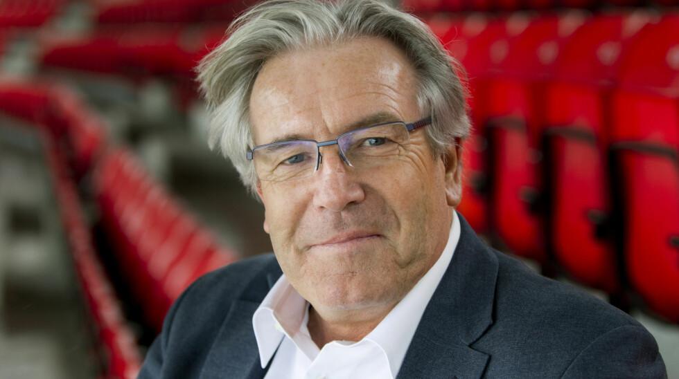 SLÅR TILBAKE: - Jeg syns Ari Behn er en selvhøytidelig, pompøs narr, sier Davy Wathne til Dagbladet. Foto: TV 2 Sporten