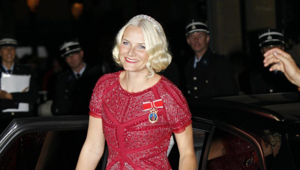 PÅ FJERDEPLASS: Her stråler kronprinsesse Mette-Marit under kronprinsbryllupet i Luxembourg i oktober i fjor. Hun kom på fjerdeplass i kåringen over Europas mest populære prinsesser. Foto: FameFlynet Sweden