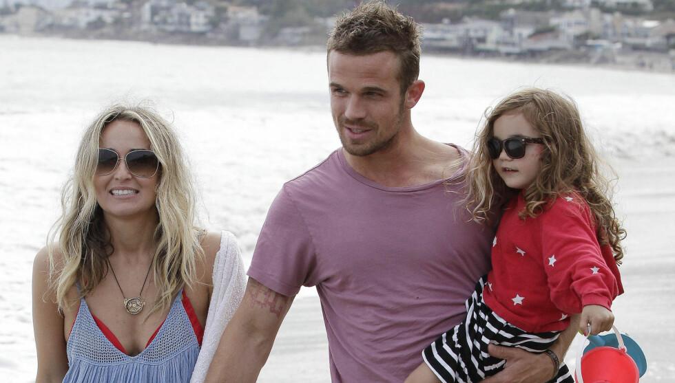 FIKK EN SØNN: Cam Gigandet og forloveden Dminique Geisendorff har datteren Everleigh fra før. Foto: FAMEFLYNET SWEDEN