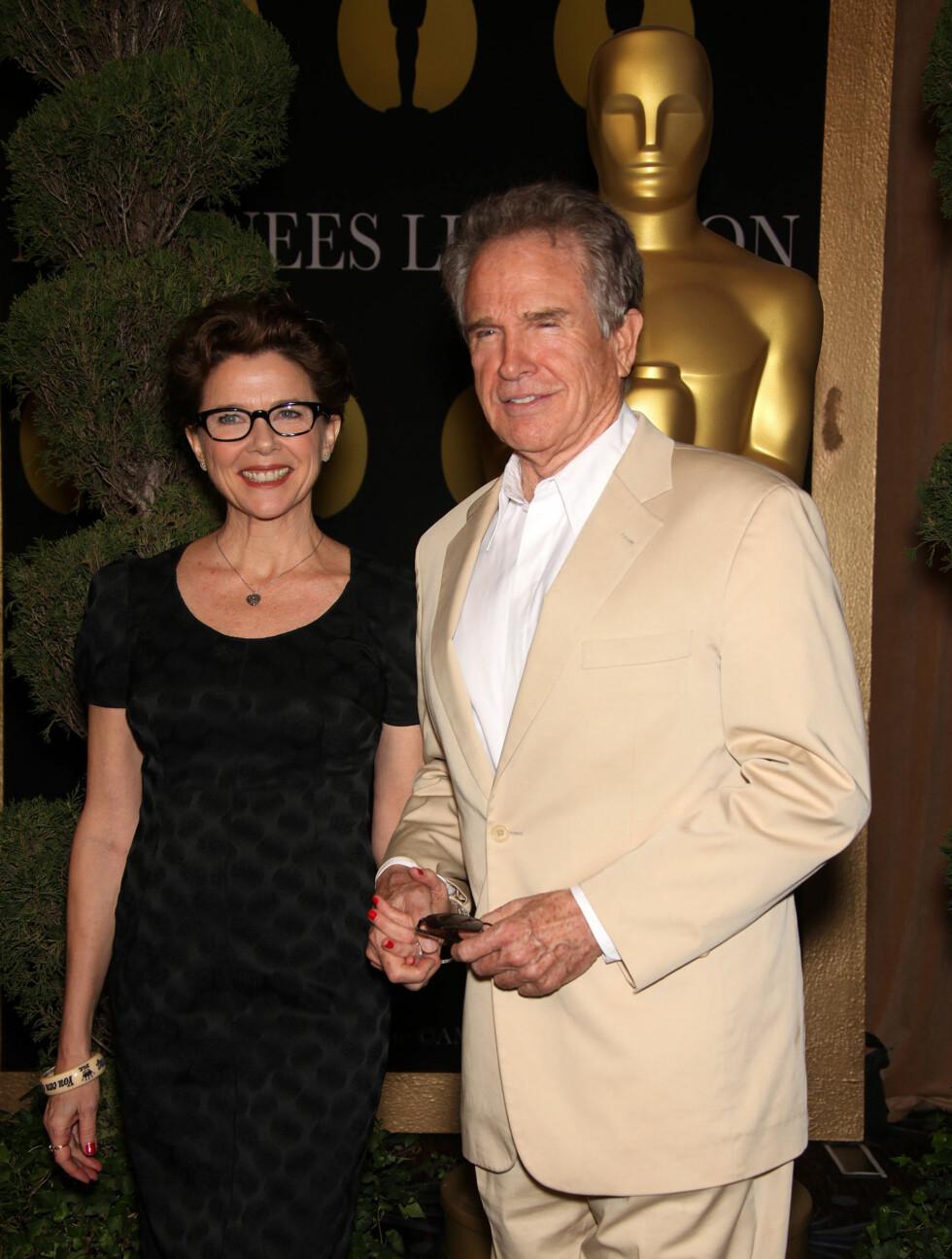 PÅ OSCAR-LUNSJ: Annette Benning og Warren Beatty. Foto: Stella Pictures
