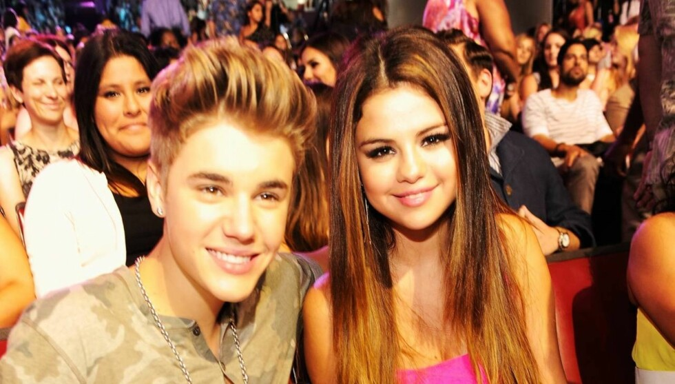AV-OG-PÅ FORHOLD: Justin Bieber og Selena Gomez forhold tok slutt på en ferietur i Mexico rett etter nyttår. Nå kan det virke som om eksene vil prøve å få det til å fungrere igjen. Foto: All Over Press