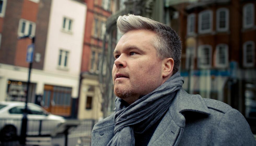 ÅPEN: Artist Rein Alexander sier til Her og Nå at han var sliten og deppa da han traff Siw, men etter kort tid så kjente han at dette var kvinnen han ville dele livet sitt med. Foto: TV3