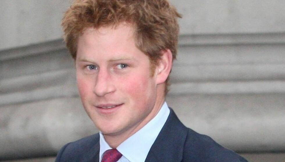 DRØMMEPRINS: Prins Harry er en svært så ettertraktet ungkar. Denne uken kom han hjem etter å ha tjenestegjort fire måneder i Afghanistan. Foto: All Over Press