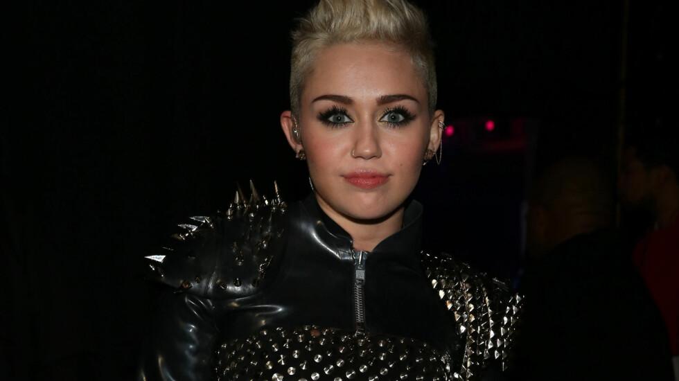 VOKSEN: Miley Cyrus har den siste tiden fått en langt mer voksen stil og er ikke redd for å spille på sex.  Foto: All Over Press