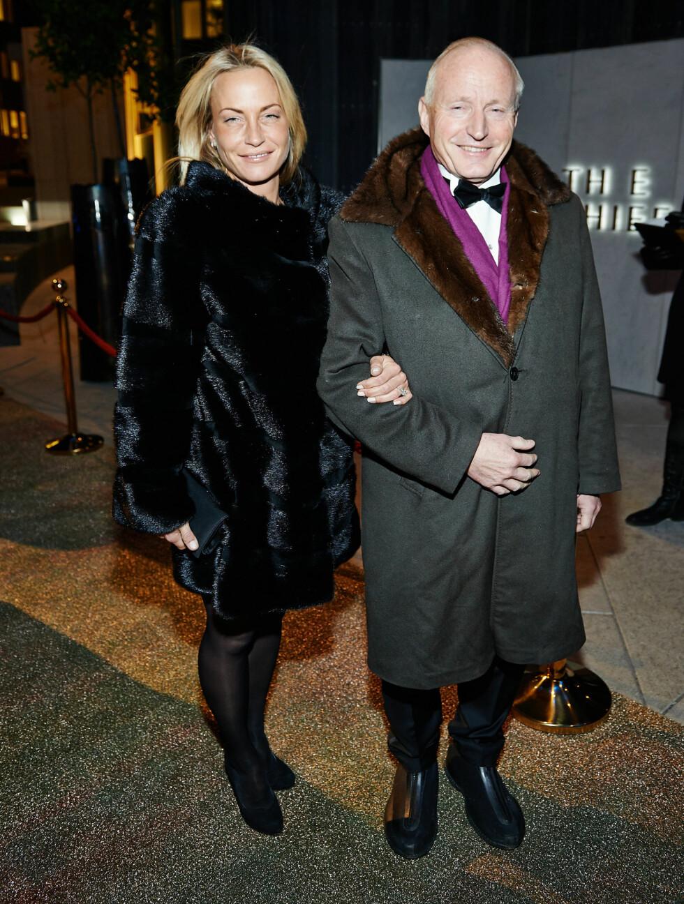 STASELIGE: Kjendisinvestor Christian Ringnes (57) og kjæresten Lotte Birgitta Inger (35). Foto: Stella Pictures