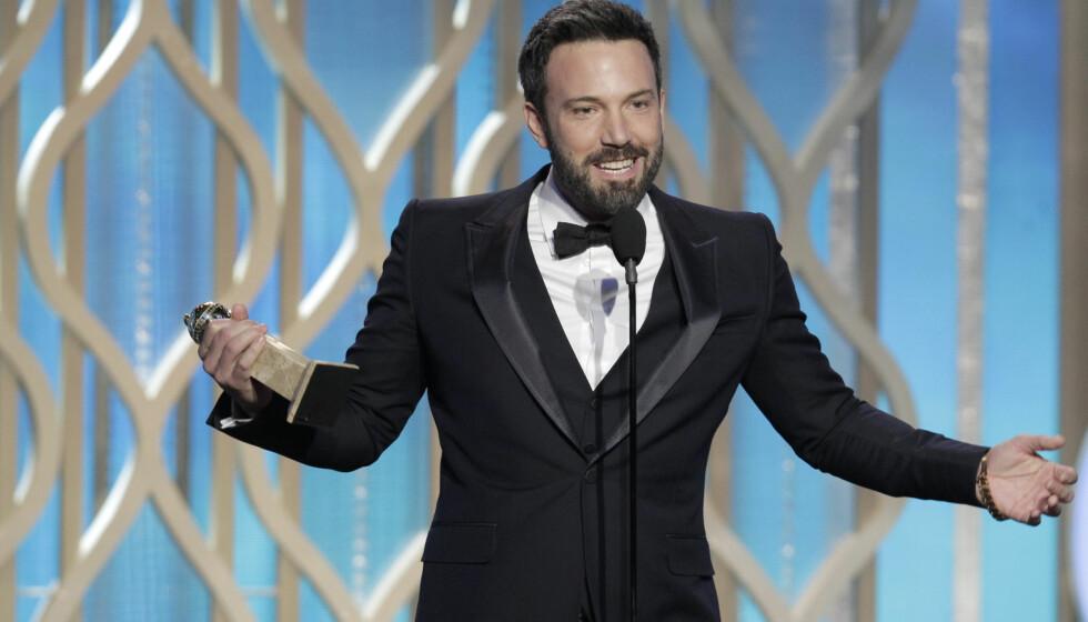 JUBLET: Ben Affleck mottok den velfortjente prisen «årets beste regissør» for kinosuksessen «Argo» ved Golden Globe-utdelingen i Los Angeles søndag kveld. Foto: All Over Press