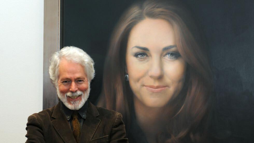 NATURLIG: Den skotske kunstneren Paul Emsley ønsket å fange hertuginnens naturlige skjønnhet, men bildet slaktes av britiske kunsteksperter som mener Kate ser gammel og sliten ut.  Foto: Camera Press
