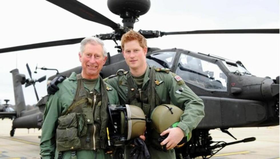 STOLT: Da prins Harry reiste til Afghanistan uttrykte prins Charles at han er svært stolt av sin sønn. Nå savner han imidlertid å høre mer fra yngstesønnen.  Foto: All Over Press