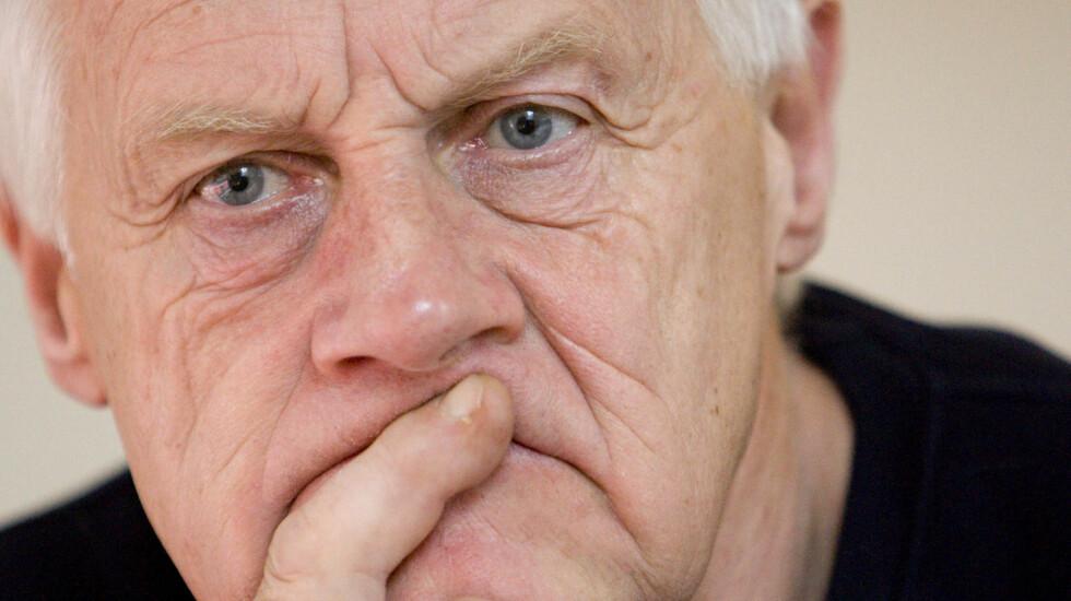 BLE BLIND: Sverre Anker Ousdal våknet opp blind etter kreftoperasjonen i 2008. Foto: SCANPIX