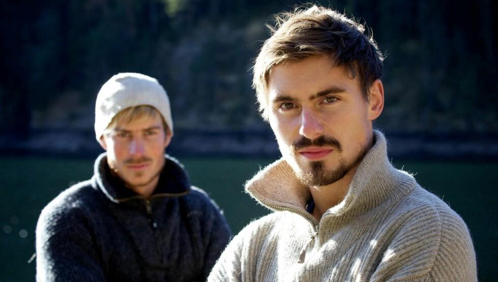 MØTTES TIL KAMP: Joar Søhoel og Knut Eriksen Eide var de to som utgjorde «Farmens» aller siste tvekamp. Den kampen vant Joar.  Foto: TV 2
