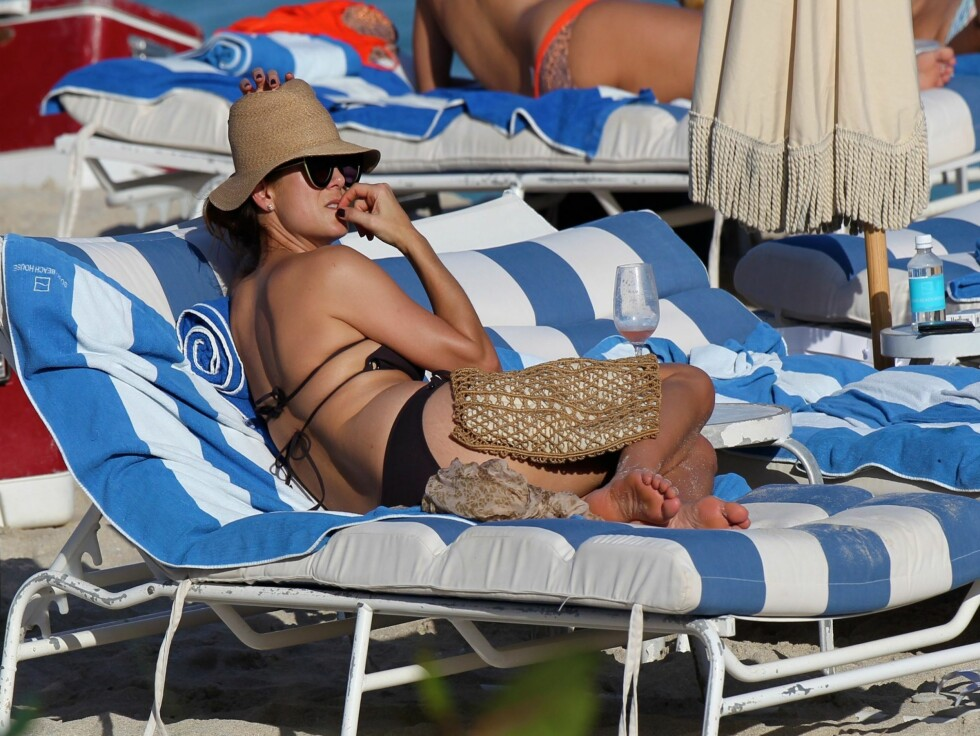 FÅR SKRYT: Britiske Daily Mail skryter av Walsh sin bikinikropp. Foto: All Over Press