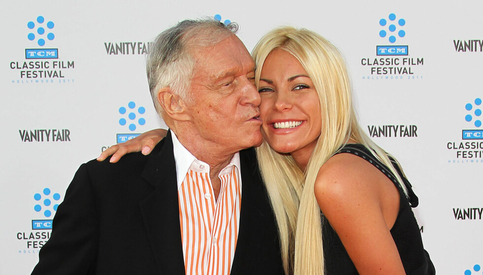 FILE - DECEMBER 01:  Playboy founder Hugh Hefner, 86, and Crystal Harris, 26, are reportedly engaged for the second time.  Crystal Harris called off the first wedding in June 2011. HOLLYWOOD, CA - APRIL 28: Playboy founder Hugh Hefner (L) and his fiancee  Foto: All Over Press