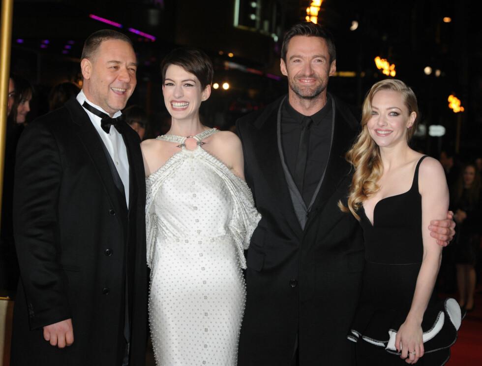 «LES MISERABLES» PREMIERE I LONDON: Russel Crowe, Anne Hathaway, Hugh Jackman og Amanda Seyfreid Foto: Fame Flynet