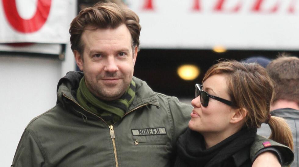 LYKKELIG FORELSKET: Jason Sudeikis skal ha fridd til Olivia Wilde  og fått ja. Foto: Fame Flynet