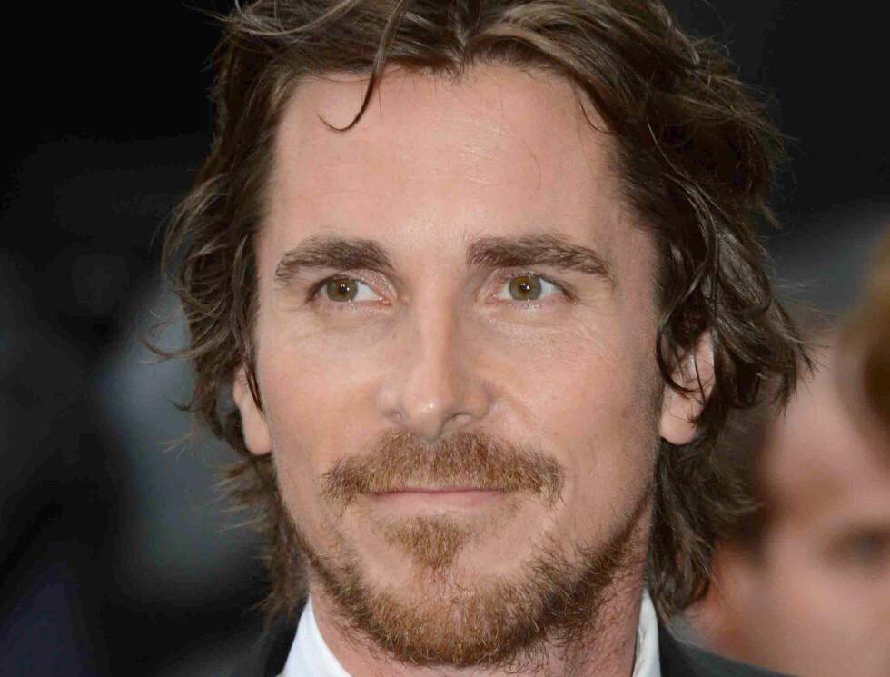 KJENDISMENN MED BART: Christian Bale Foto: UPI