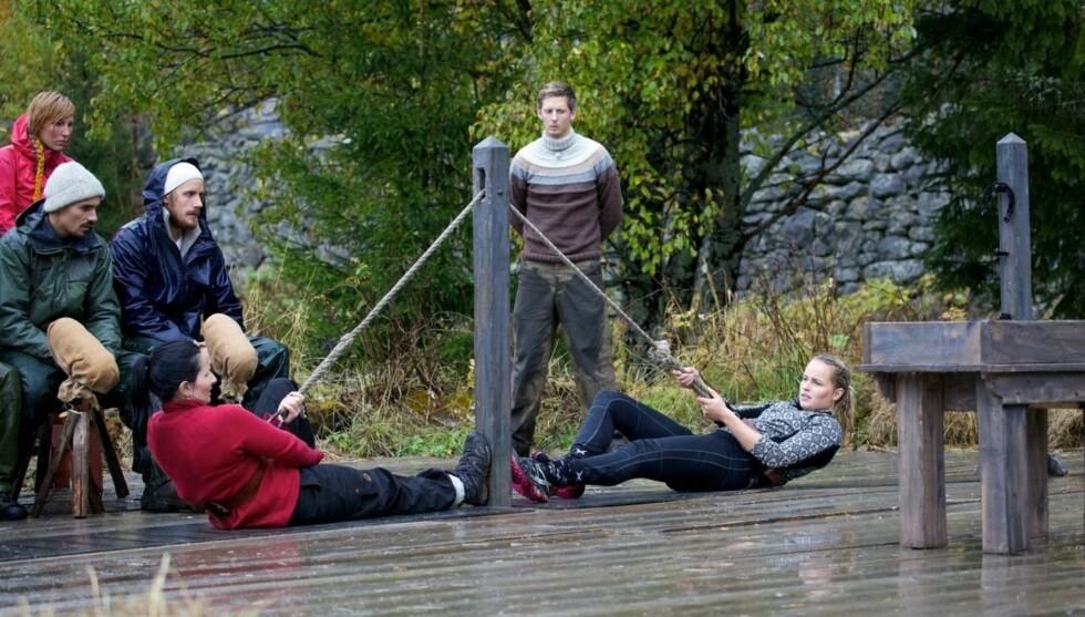 TEKNIKK: Lill forteller til Seoghør.no at Ingvild og Knut hadde øvd på tautrekking på låven uken i forveien av tvekampen. Foto: TV 2