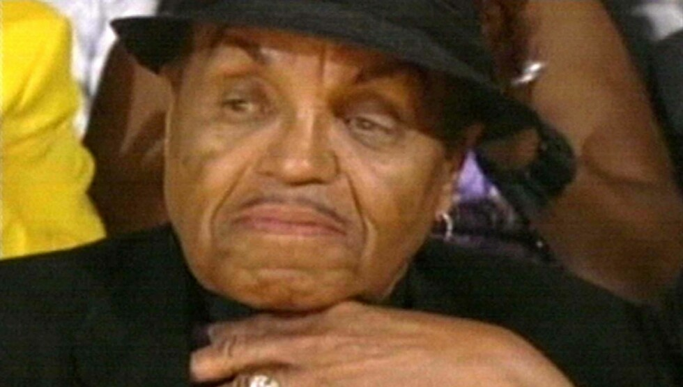 TIL SYKEHUS: Joe Jacksons helse begynner å skrante. Han har allerede hatt minst to slag tidligere.  Foto: Fame Flynet