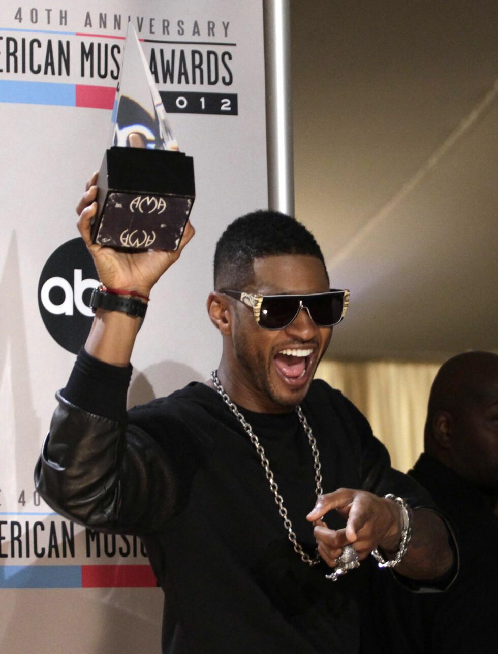 Usher vant pris som årets beste mannlige Soul/R&B artist. Foto: NTBScanpix