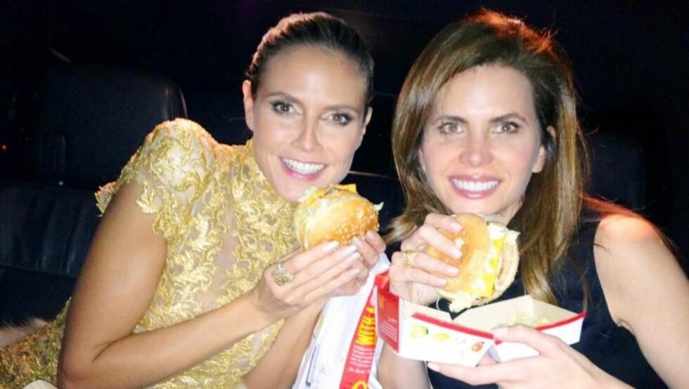 ETTER: Da kvelden var over, nøt Klum et takeaway-måltid fra McDonalds sammen med venninnen Desiree Gruber. Foto: Twitter
