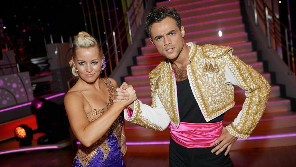 INGEN PENGEPREMIE: Hanne Sørvaag og Ben Adams konkurrerer i lørdagens  «Skal vi danse»-finale. Vinneren får ingen pengepremie.  Foto: Stella Pictures