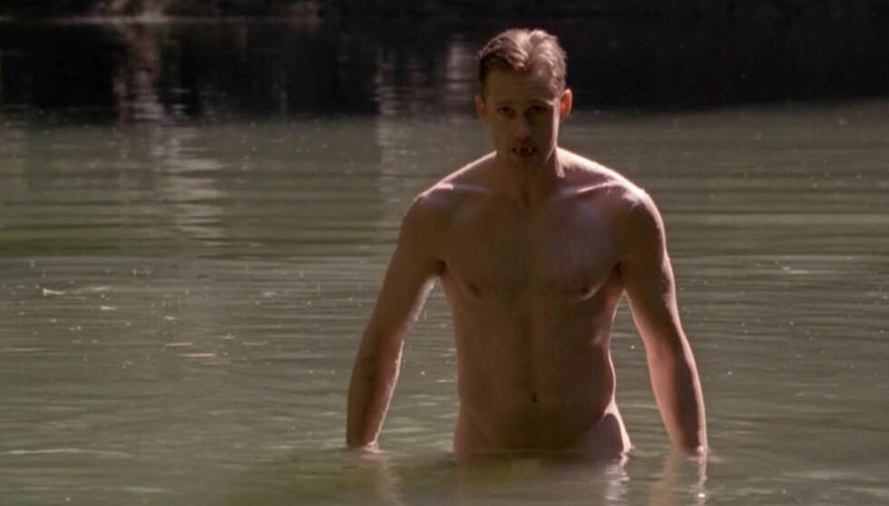 LETTKLEDDE SCENER: Alexander Skarsgård har flere ganger kastet klærne i scener som denne i «True Blood». Foto: Stella Pictures
