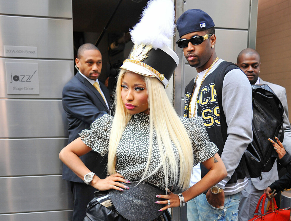 50889253 Singer Nicki Minaj arriving at the day 2 auditions for American Idol in New York City, New York on September 17, 2012. Nicki and fellow idol  Mariah Carey are already feuding after one day of taping. Nicki is upset with Mariah for interrupting he Foto: Stella Pictures
