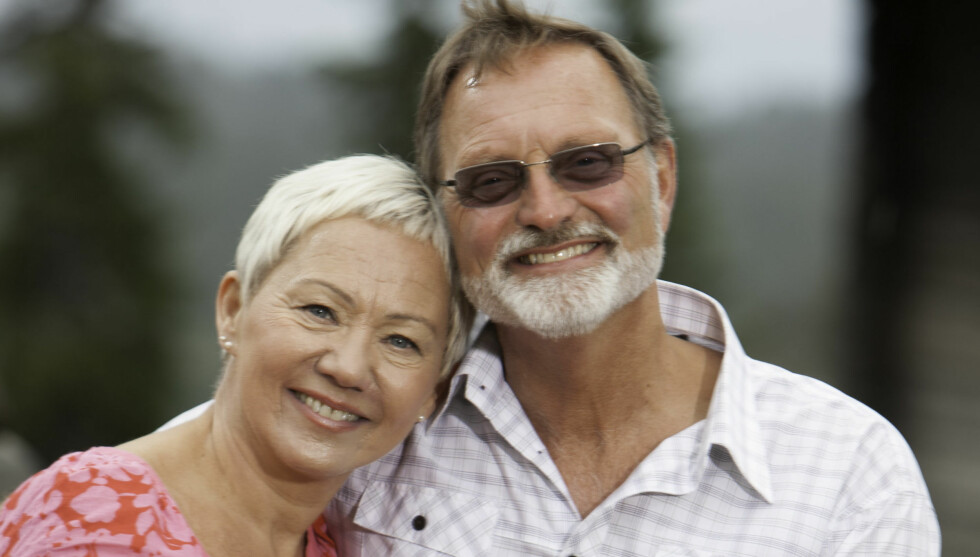 KJÆRESTER: Odd Arild Svaland (55) og frieren Gerda Sivertsen (54) fra «Jakten på kjærligheten» kan endelig vise sin kjærlighet. I denne ukens Se og Hør kan du se en rekke eksklusive bilder av paret.  Foto: TV 2