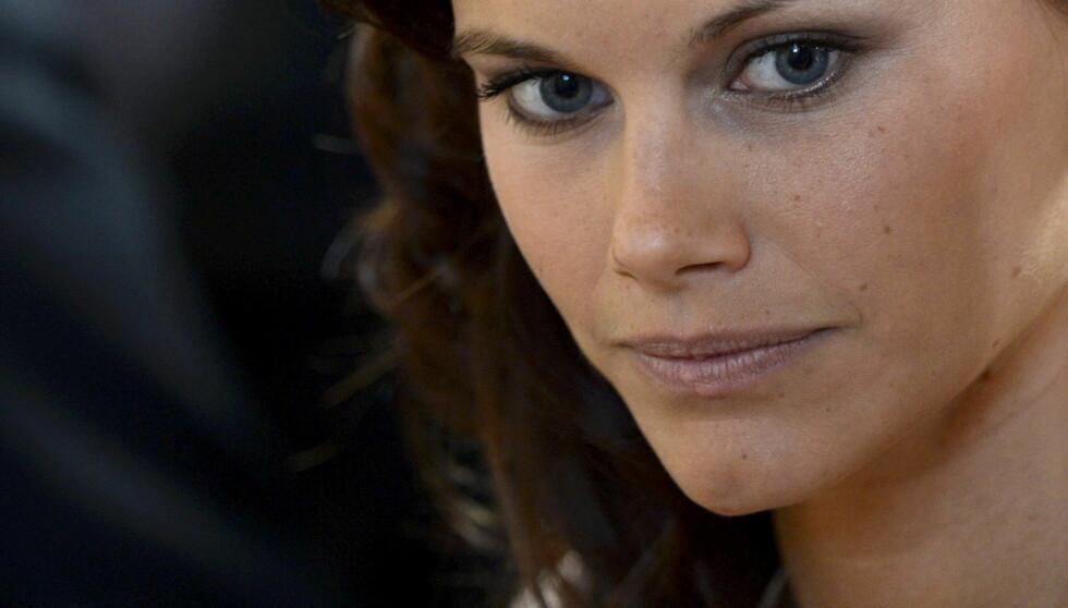 MÅ VENTE: Sofia Hellqvist må trolig vente til Madeleine er gift før hun får gifte seg med sin prins. Foto: NTB scanpix