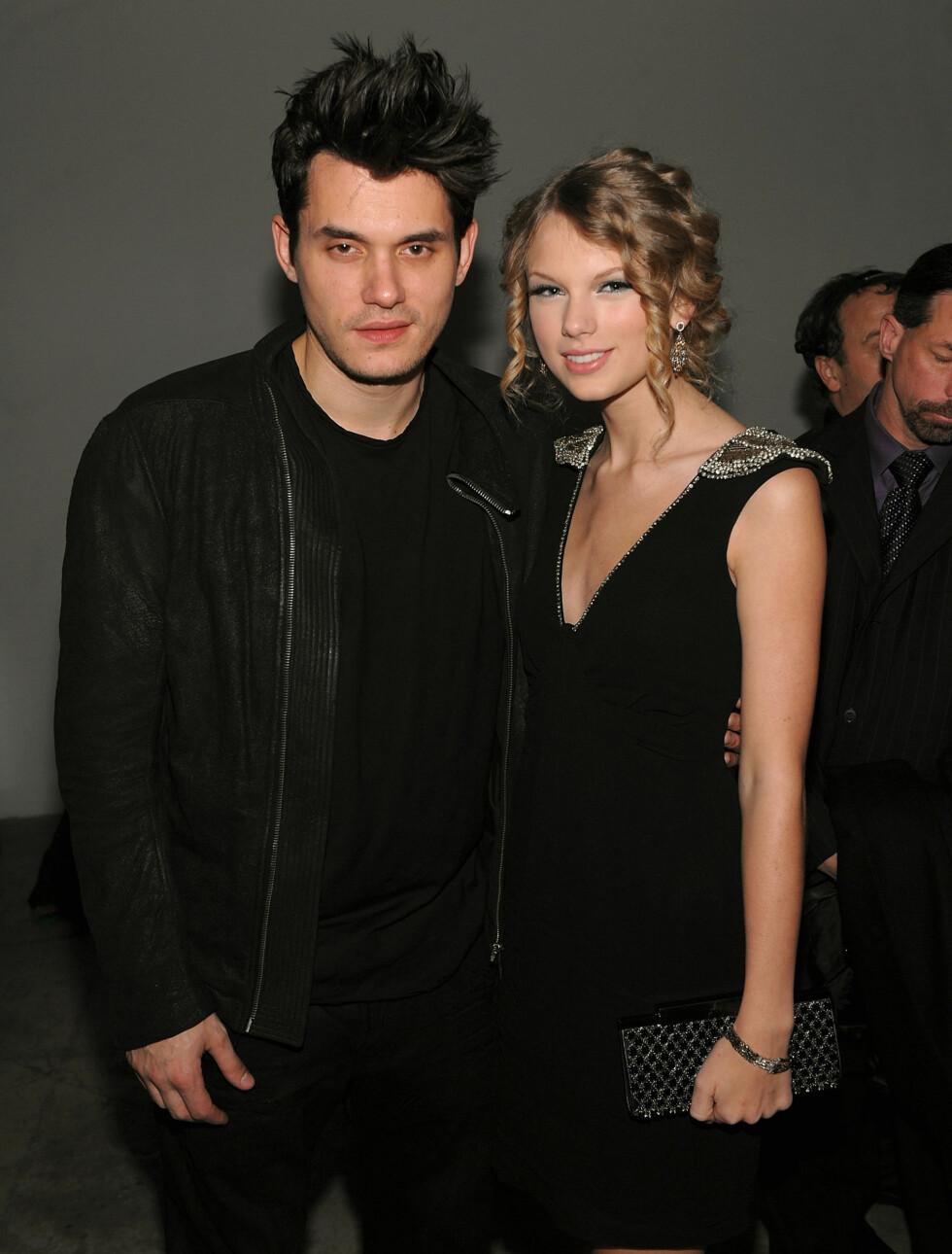 HOT: Damemagnet John Mayer hadde en kort flørt med Taylor Swift da de to inngikk musikalsk samarbeid i 2009. Hun skal ha dumpet ham fordi hennes egen mor ikke godtok forholdet mellom henne og den 12 år eldre sangeren. Foto: All Over Press
