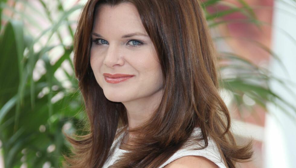 GLAMOUR-STJERNE: Heather Tom fikk tusenvis av fans gjennon sin rolle som Katie Logan i TV-serien «Glamour». Her poserer hun under den 51. Monaco TV-festivalen i fjor sommer, i forbindelse med en fotoseanse for serien. Foto: Stella Pictures