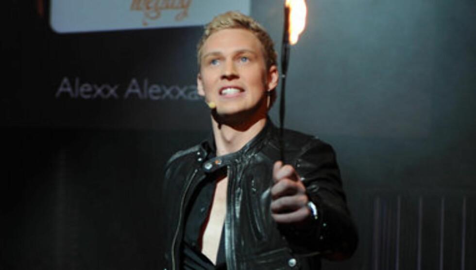SINGEL IGJEN: Nå er Alexxander singel igjen, og satser alt på karrieren. Foto: Stella Pictures