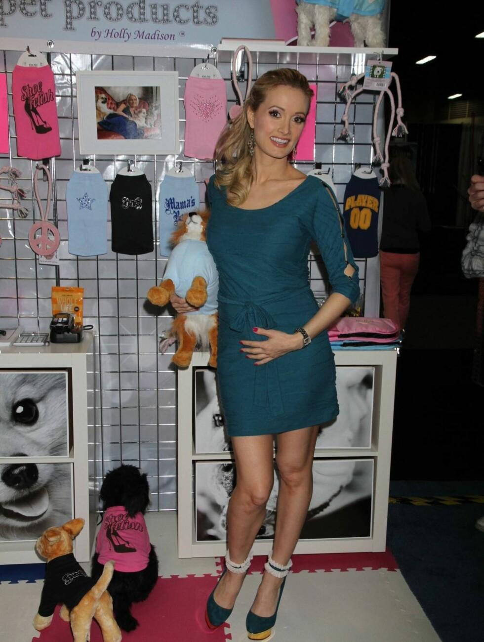 GRAVID: Holly Madison  venter sitt første barn. Foto: All Over Press