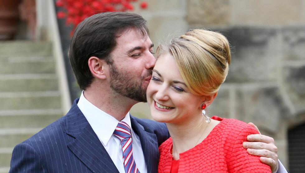 STORMFORELSKET: - Jeg har funnet min drømmeprins, strålte Stephanie de Lannoy på pressekonferansen i forkant av bryllupet med kronprins Guillaume. Foto: Stella Pictures