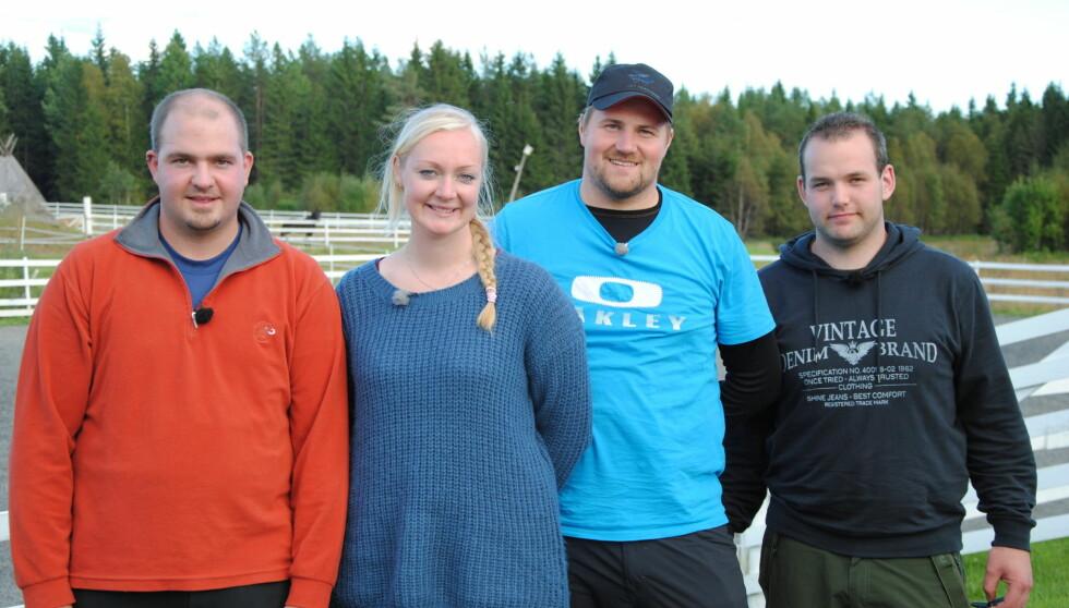 HVEM MÅ UT?: En av frierne må reise hjem i mandagens program. Fra høyre er Tobias Engels, Jøran K. Dahl, og Frank Sigvaldsen. Foto: TV 2
