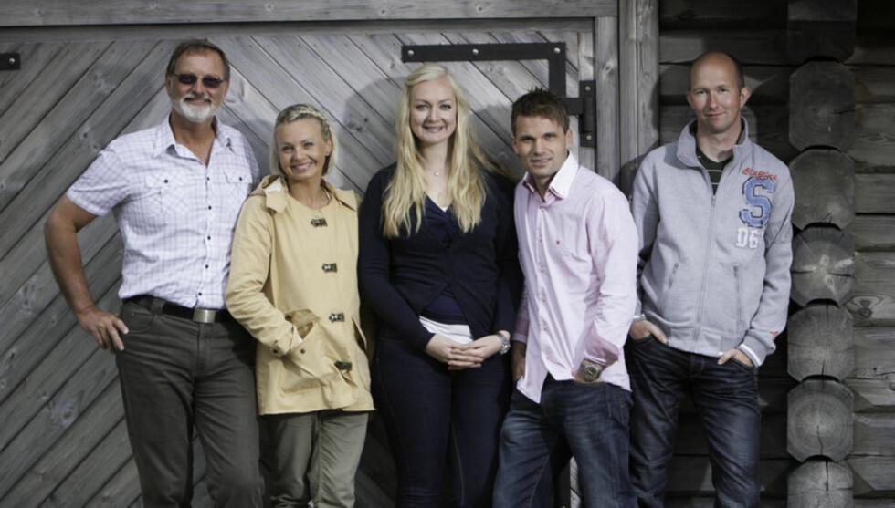 LETER ETTER FRIER: Marthe Sveberg har vært programleder for blant annet «NRK Super», «Skal vi danse» og nå sist, «Jakten på kjærligheten» (bildet). Foto: TV 2