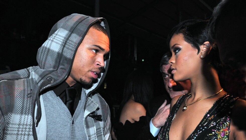 GIFTER SEG: En venn av Rihanna hevder popstjernen ønsker å gifte seg med eks-kjæresten Chris Brown. Foto: STELLA PICTURES