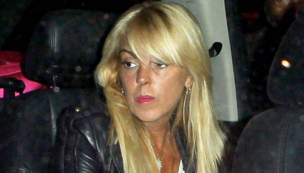 AMPER: Dina Lohan ville ikke betale for taxituren til Long Island, etter at hun og datteren hadde vært på fylla sammen i New York tidligere denne uken. Foto: All Over Press
