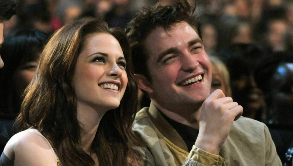 FÅR PSYKOLOGHJELP: Kristen Stewart og Robert Pattinson jobber med forholdet, men en psykolog nekter dem å dele seng. Foto: All Over Press