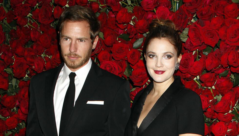 MANN OG KONE: I løpet av 2012 har Drew Barrymore giftet seg med kjæresten Will Kopelman, og blitt mamma til lille Olive. Foto: UPI / Stella Pictures