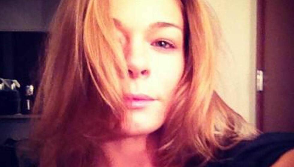 MØRK SIDE: Dette bildet la hun nylig ut med teksten «Min mørke side - til en forandring». Foto: Twitter / Planet Photos